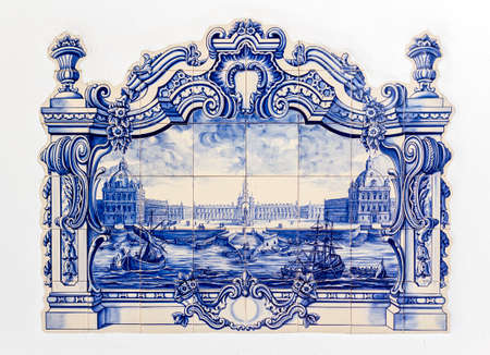 Portuguese traditional hand painted tin-glazed ceramic tilework, called Azulejo. Used as an ornamental art form, and also a specific functional capacity like temperature control in homes. Foto de archivo
