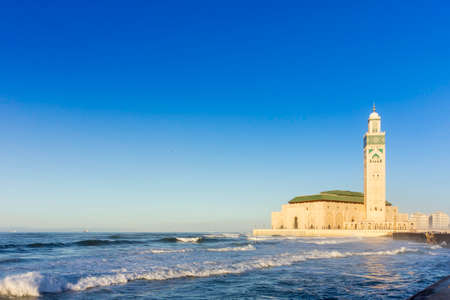 View on seafront of Grande Mosquée Hassan II in Casablanca, Morocco Imagens