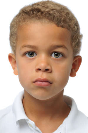 Portret van jongen geïsoleerd op wit  Stockfoto