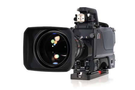 プロフェッショナル ビデオ カメラ、白い背景で隔離