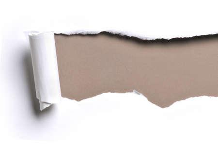 lagrimas: arrancaron el libro blanco sobre un fondo de color marr�n