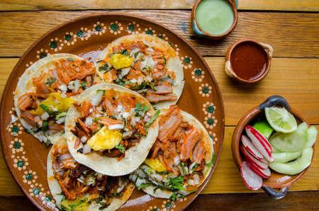 Original mexican tacos al pastor Standard-Bild