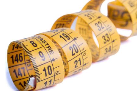 tailor measure: Tailor nastro di misura isolato su bianco
