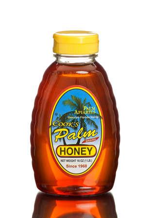 lb: MIAMI, USA - March 30, 2015: A 1 lb. jar of Floridas Finest Honey Cooks Palm Brand Honey Since 1968.
