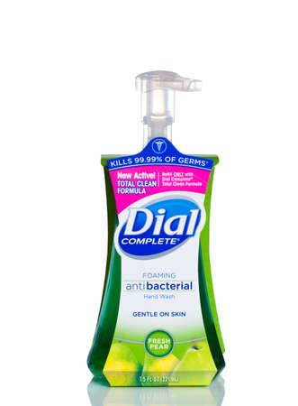 MIAMI, USA - April 21, 2015: 7.5 fluid ounce bottle of Dial complete brand Antibacterial Hand Soap. Pump dispenser bottle. Editoriali