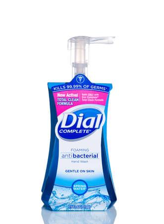 MIAMI, USA - April 21, 2015: 7.5 fluid ounce bottle of Dial complete brand Antibacterial Hand Soap. Pump dispenser bottle. Редакционное