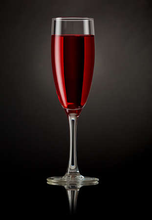 royale: Champagne glass with red drink
