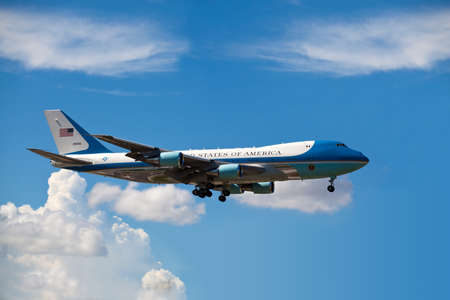 united states air force: MIAMI, FL - AUG 18: Air Force One lands in Miami carries President Obama to attend a fundraiser for Florida Democrats at the Fontainebleau Hotel on Wednesday August 18, 2010 in Miami