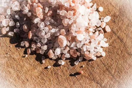 himalayan: Thick grains of himalayan salt