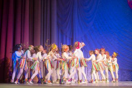 coreografia: Competiciones MegaDance ni�os s en la coreograf�a, 16 de noviembre 2013 en Minsk, Bielorrusia