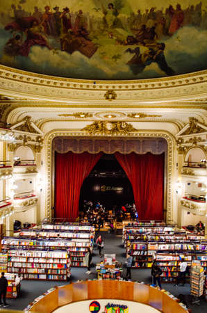 Buenos Aires, Argentina - September 05, 2018: El Ateneo Grand Splendid, the second most beautiful bookstore in the world according to The Guardian. 新闻类图片