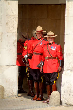 Canadian Mounties Éditoriale