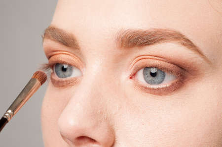 firmness: beautiful details of eye make up processing