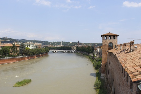 vechio: A view of Verona and its monuments, with the river Adige