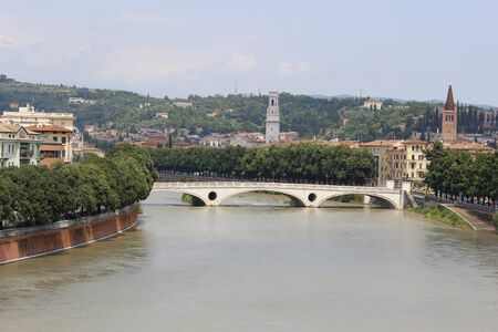 ponte vechio: A view of Verona and its monuments, with the river Adige