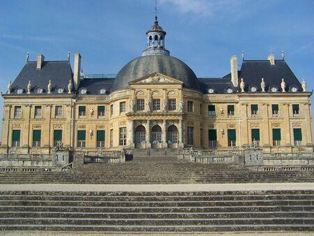 The Luxembourg palace (palais du Luxembourg), north of the Luxembourg garden (Jardin du Luxembourg), is the seat of French Senate government (Sénat Français) - Paris City Stock Photo - 5940387
