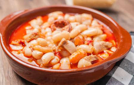 potage: Potage Rioja bean with bacon and sausage