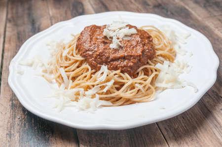 pasta: Grain spaghetti with sauce Pesto Rosso Foto de archivo