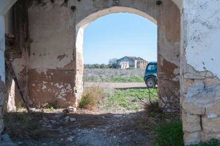 abandoned farmhouse abandoned farmhouse: Andalusian farmhouse building in ruins