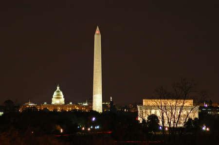 dc: Washington DC Skyline di notte