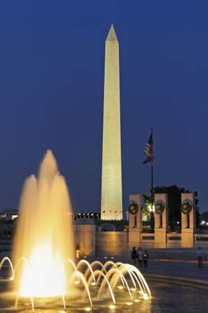 national monuments: Washington Monument from the WWII Memorial, Washington DC