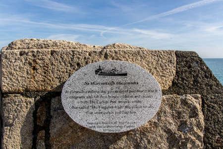 """emigranti: Memoriale per gli emigranti """"The Irish dimenticato"""" che è morto durante la seconda guerra mondiale, il memoriale è situato a Dún Laoghaire, vicino alla baia di Dublino"""