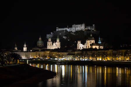 salzach: Nightshot of the illuminated Hohensalzburg Castle from the riverside