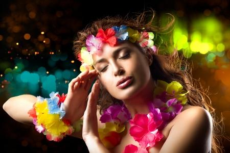 ルアウ パーティー ガール。エキゾチックなフラ ダンサー。髪を飛んでください。 写真素材