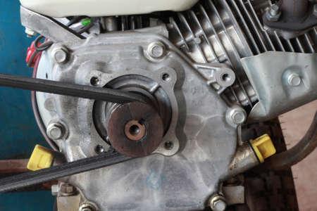 linkages: small gasoline enginge
