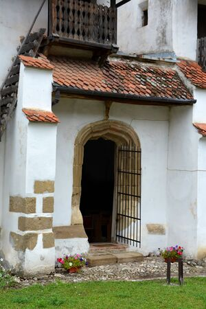 cetatuia: Old gate of the fortifies church  harman (Honigburg), Transylvania Stock Photo