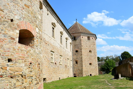 essentially: Fortress Fagaras, Construction of the fortress began in 1310, over an old fortification of earth and wood dating from the twelfth century. The purpose of building the city was essentially strategic, more precisely in defense of southern Transylvania incur Editorial