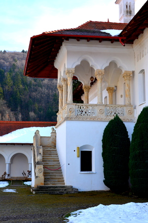 the courtyard: Courtyard of the monastery. Monastery Sambata is a Romanian Orthodox monastery in S�mb?ta de Sus, Bra?ov County, in the Transylvania region of Romania. Dedicated to the Dormition of the Mother of God, it is also known as the Br�ncoveanu Monastery M?n?stir