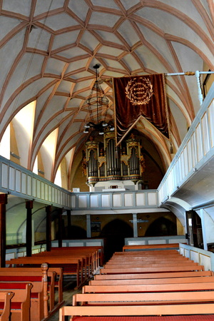 biertan: Inside the church.  Fortified medieval church in Vineyard Valley, Transylvania Valea Viilor fortified church is a Lutheran fortified church in Valea Viilor (Wurmloch), Sibiu County, in the Transylvania region of Romania. It was built by the ethnic German