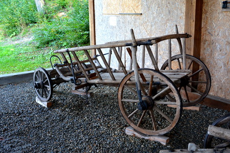 campesinas: Carload. Peasant Museum in Dumbrava Sibiului, Transylvania In Dumbrava Sibiului;Romanian Peasant Museum with many pieces of inventory of a peasant.