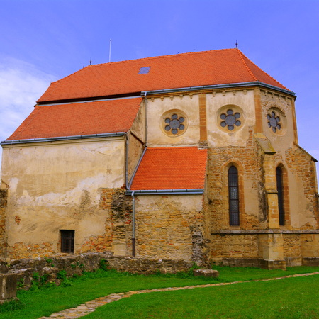 ra: Ruins of medieval cistercian abbey in Transylvania. Inside the church of Carta medieval monastery near Sibiu, Transilvania C�r?a Monastery is a former Cistercian (Benedictine) monastery in the ?ara F?g?ra?ului region in southern Transylvania in Romania, c