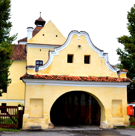 interesting: Entrance in the  Fortified saxon medieval church Harman, Transylvania The villagers started building a single-nave Romanesque church, which is uncommon for a Saxon church, in the 13th century.