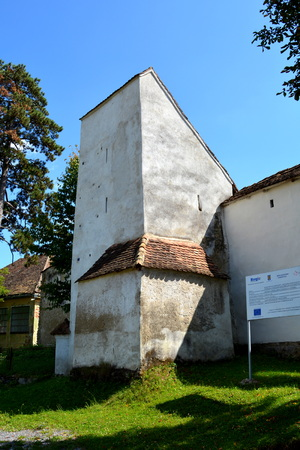 Fortified medieval church in the village Bunesti, Transylvania Reklamní fotografie