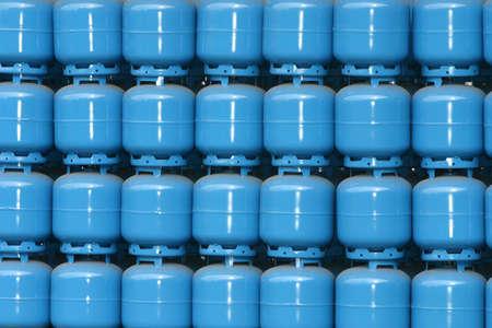gas cylinder: cilindro de almacenamiento de gas para la entrega