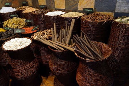 souq: UAE Dubai many different spices are for sale at the spice souq in Deira                           Stock Photo