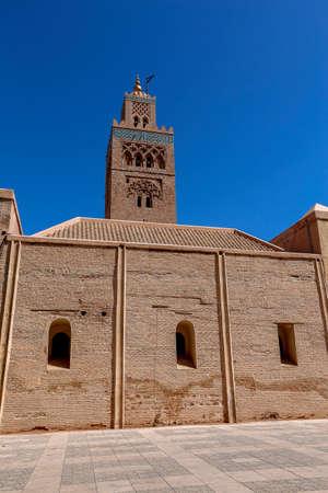 Minaret Tower of Kasbah Mosque in Marrakesh, Marrakesh-Safi, Morocco Standard-Bild - 129720694