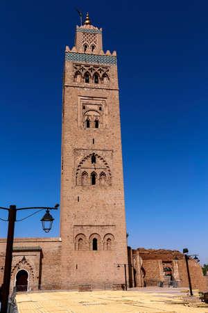 Minaret Tower of Kasbah Mosque in Marrakesh, Marrakesh-Safi, Morocco Standard-Bild - 129720638