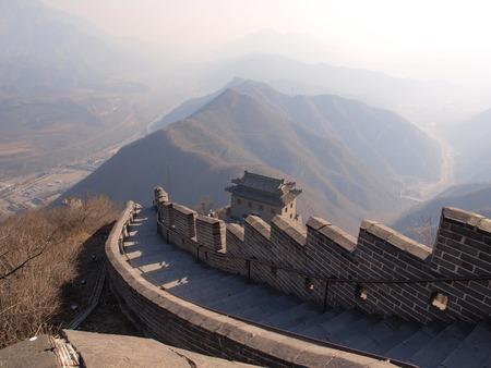 chinese wall: vista dall'alto della muraglia cinese.
