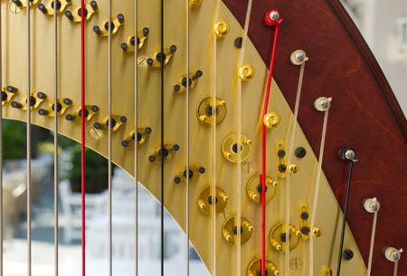 楽器と呼ばれるハープの一部です。 写真素材