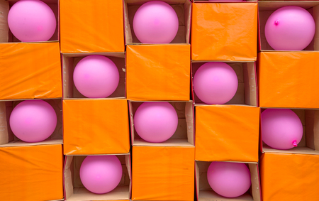gamble: Darts gamble game with toy balloons.