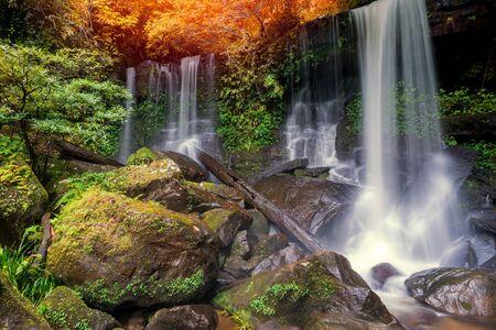 Waterfall scene at Rom Klao Pharadon Waterfalls in rainforest  Thailand. 版權商用圖片