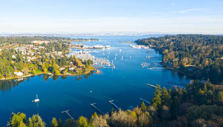 Bainbridge Island Harbor Panoramic View Winslow Washington Beautiful Sunny Day Landscape Stok Fotoğraf