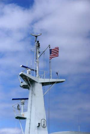 sonar: Sonar tour & Drapeau am�ricain, �tat de Washington Ferry, Pacifique Nord-Ouest, Washington   Banque d'images