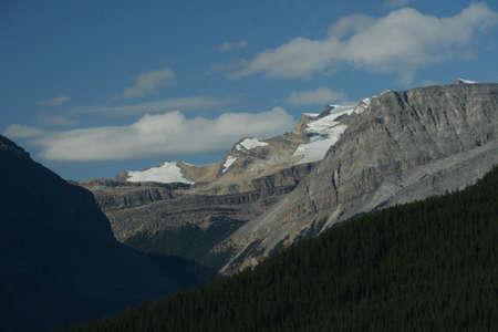 알파인 스노우 필드, 빙하 새긴 산과 능선, 컬럼비아 아이스 필드 파크 웨이, 캐나다 로키 산맥, 밴프, 재스퍼, 앨버타, 캐나다