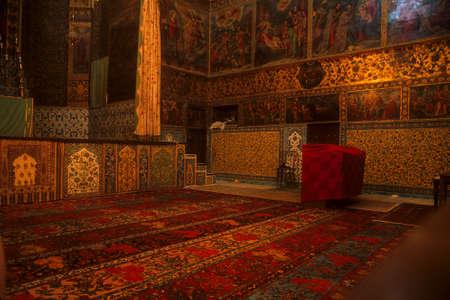 敷物 & フレスコ画、アルメニア教会イスファハン, イラン, 中東