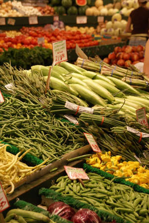Fresh vegetable stalls,  Pike Place Market Seattle Pacific Northwest   Stok Fotoğraf